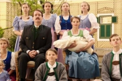 la-famiglia-von-trapp-una-vita-in-musica-2019-the-von-trapp-family-a-life-of-music-verbong-09