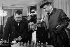 mann-im-schatten-1961-rabenalt-recensione