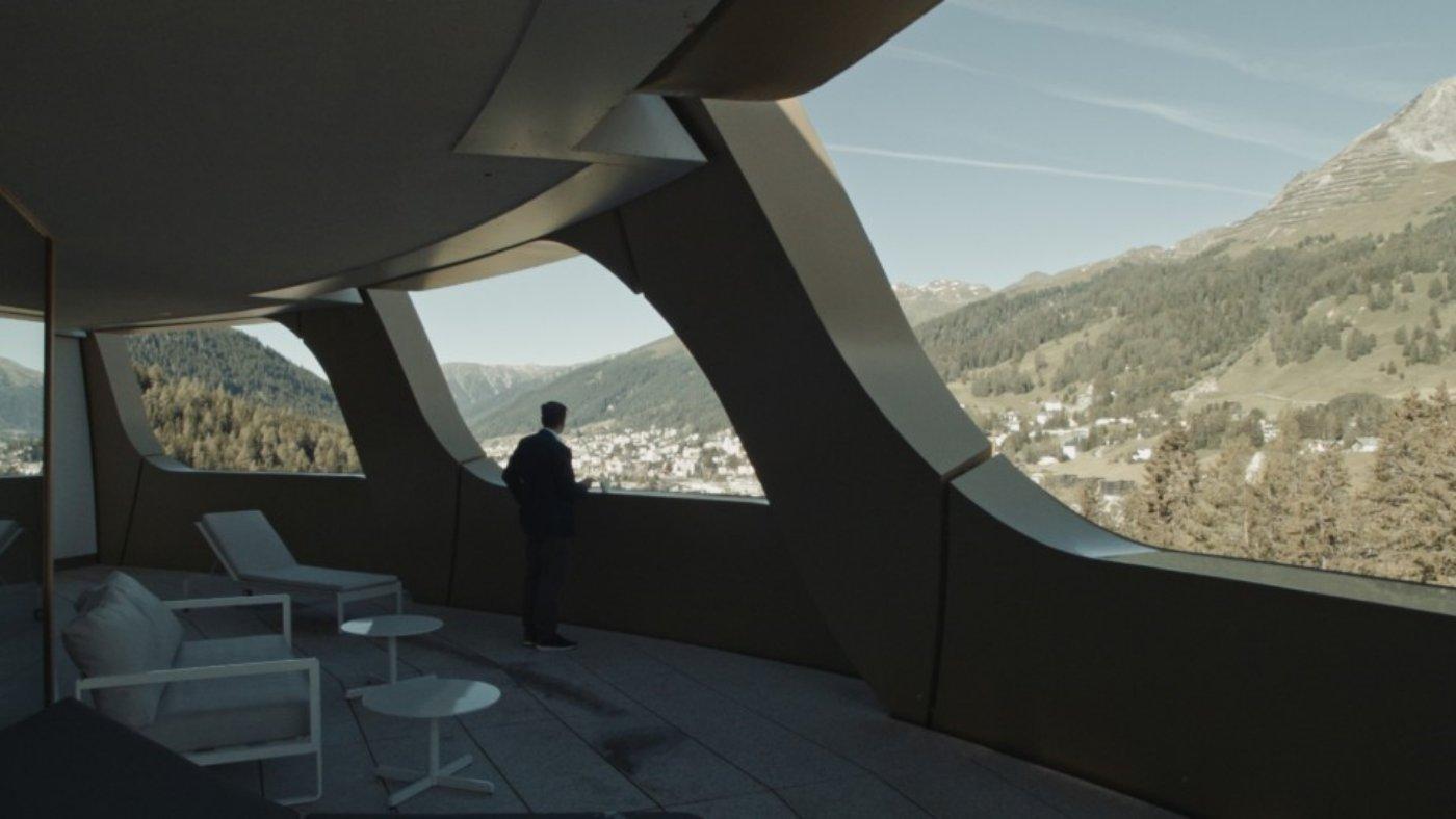 davos-2020-hoesl-niemann-viennale-recensione