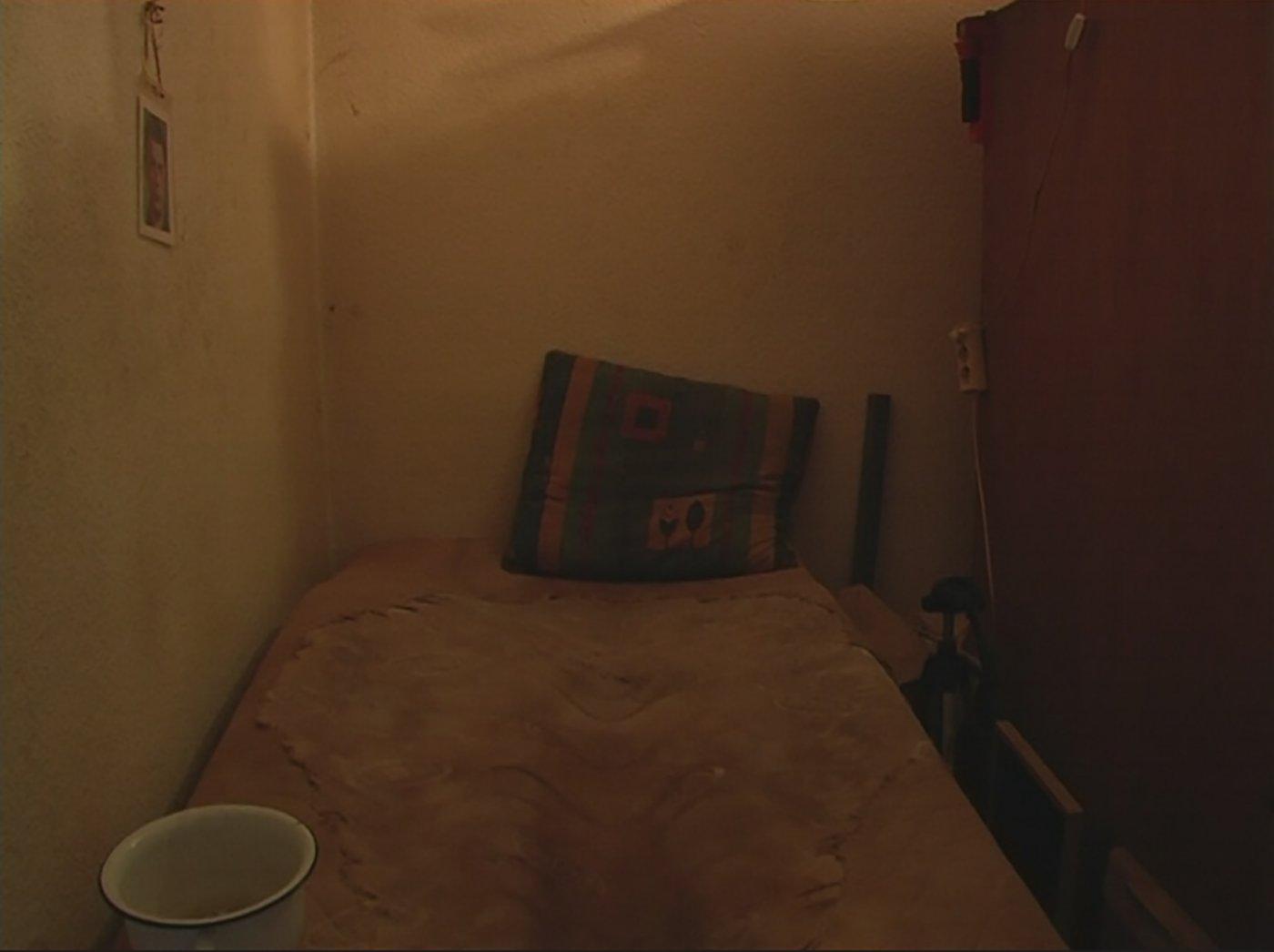 resident-ground-floor-2020-wohnhaft-erdgeschoss-soldat-recensione